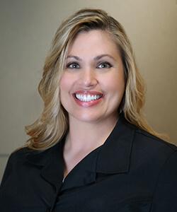 Headshot of Nikki, a dental assistant